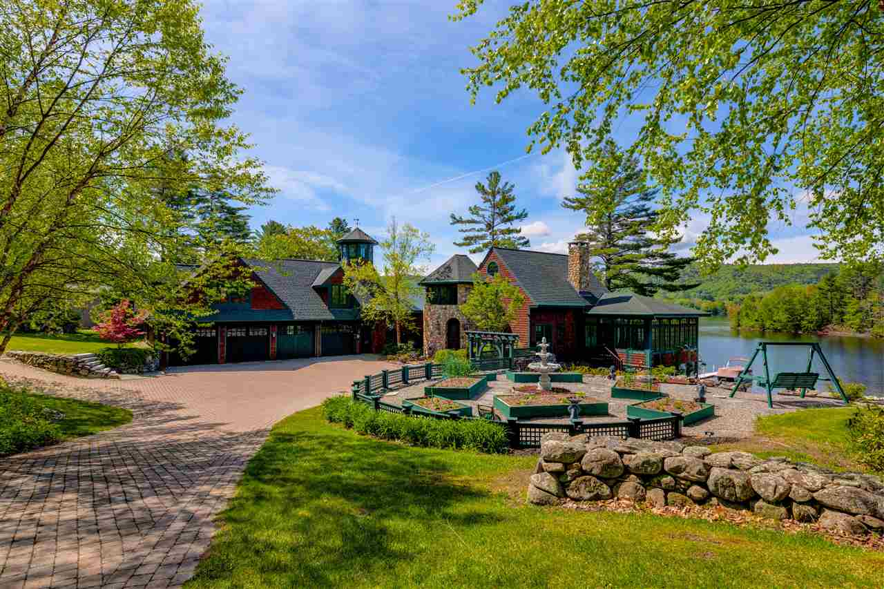 ENFIELD NH Lake House for sale $$1,995,000 | $409 per sq.ft.