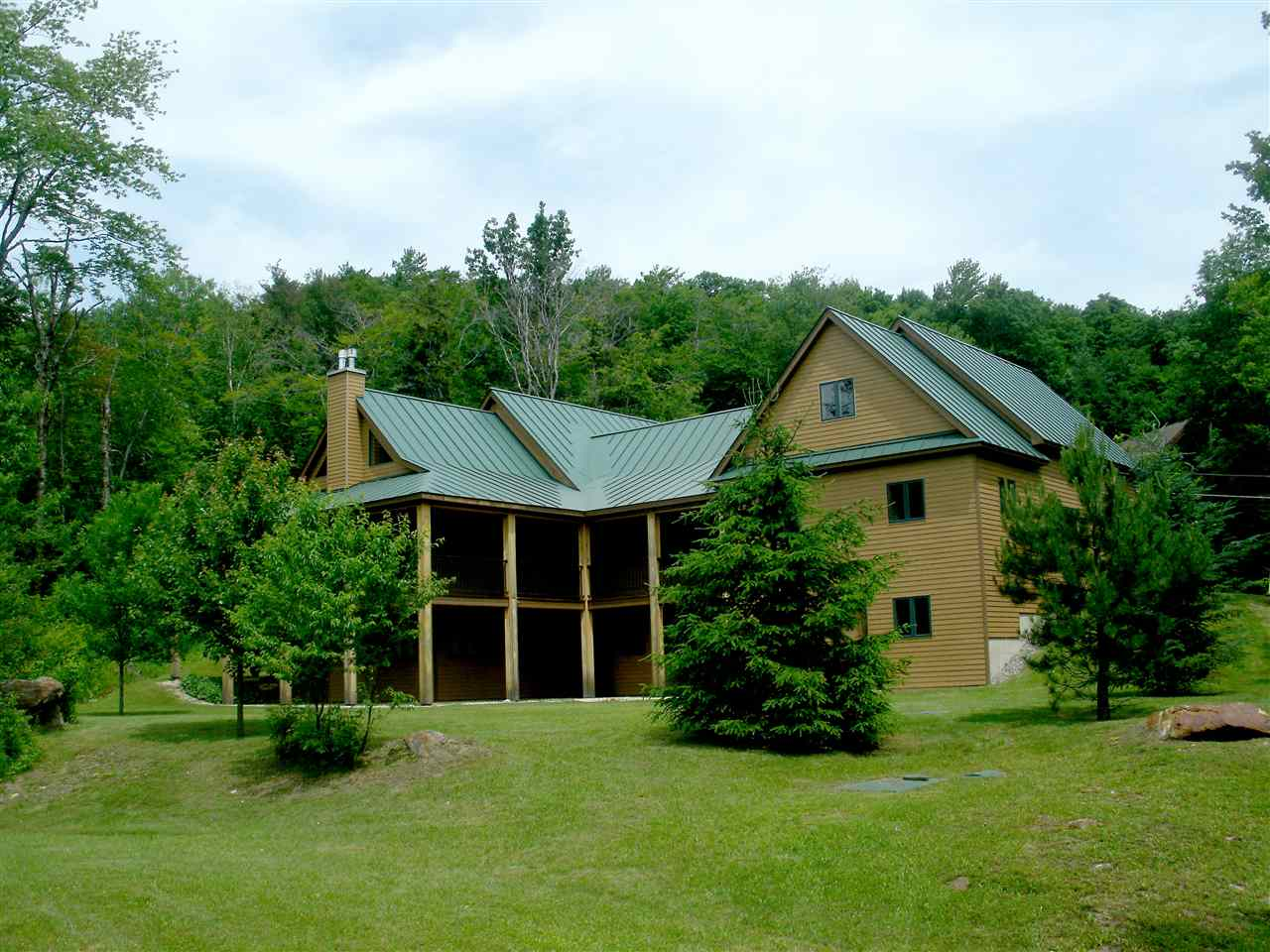 KILLINGTON VT Home for sale $$1,200,000 | $298 per sq.ft.