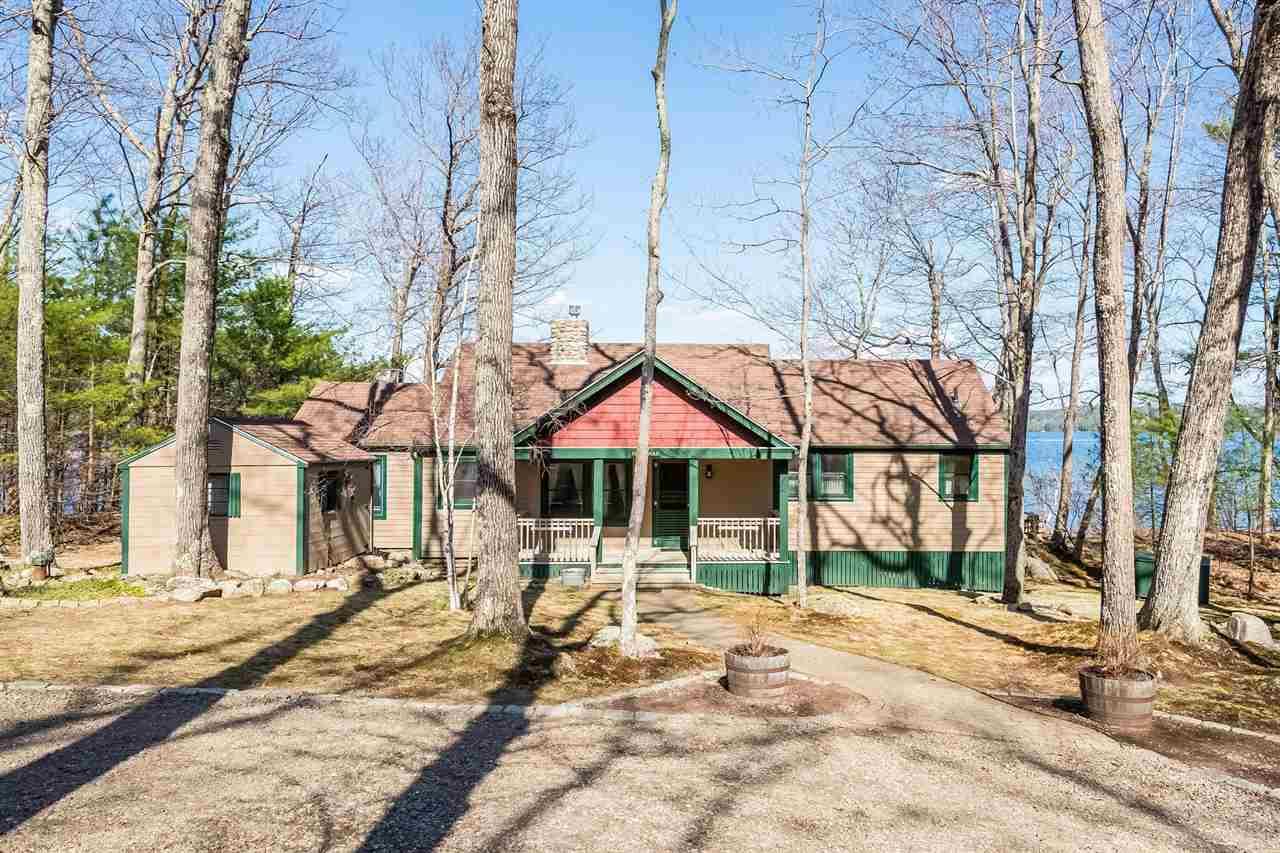 MOULTONBOROUGH NH Home for sale $1,050,000
