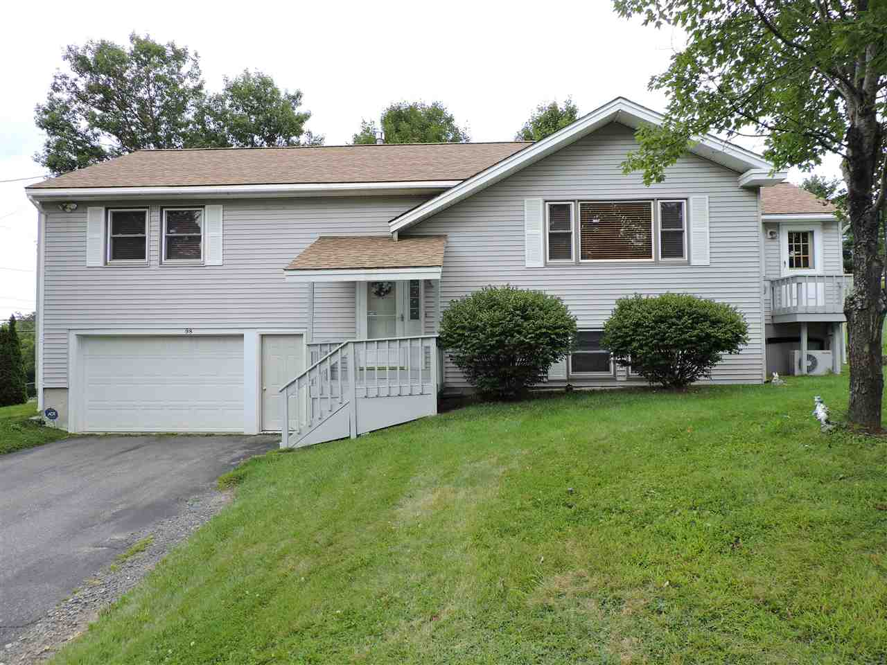 LEBANON NH Home for sale $$284,900 | $228 per sq.ft.