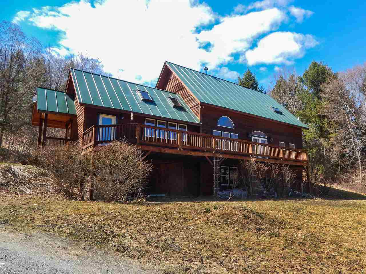 THETFORD VT Home for sale $$400,000 | $271 per sq.ft.