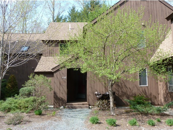 VILLAGE OF EASTMAN IN TOWN OF GRANTHAM NH Condo for rent $Condo For Lease: $1,250 with Lease Term