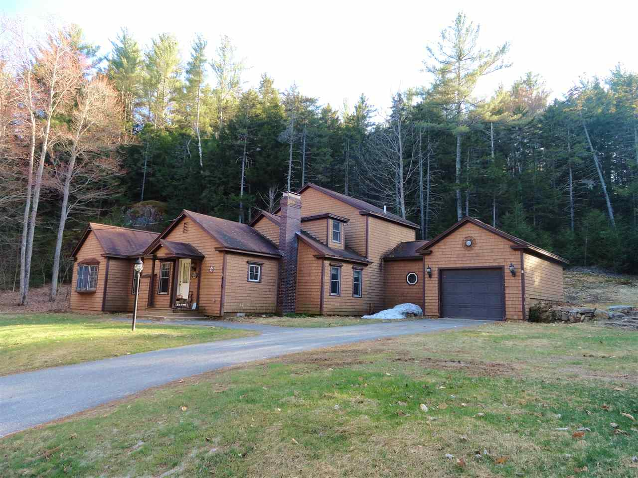 839 Old Route 25, Rumney, NH 03266