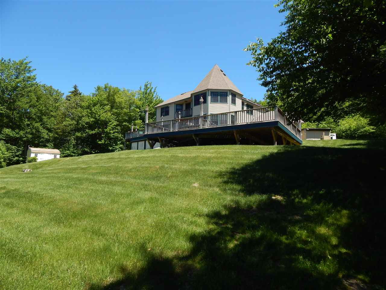 NEWBURY NH Home for sale $$929,500 | $326 per sq.ft.