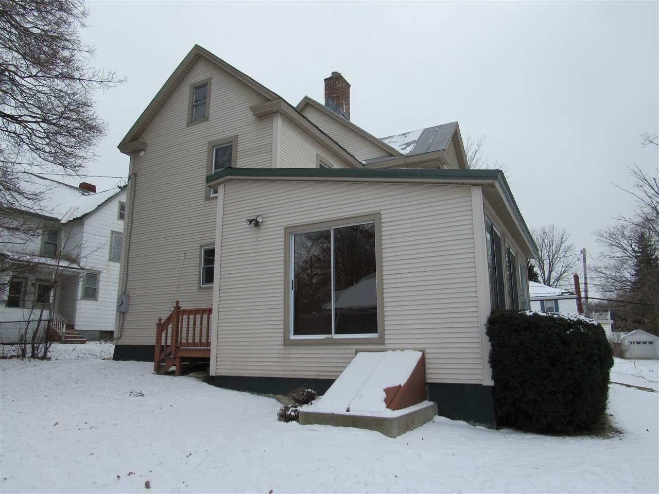9 upper newton st albans city vt vermont real estate for Vermont home insurance