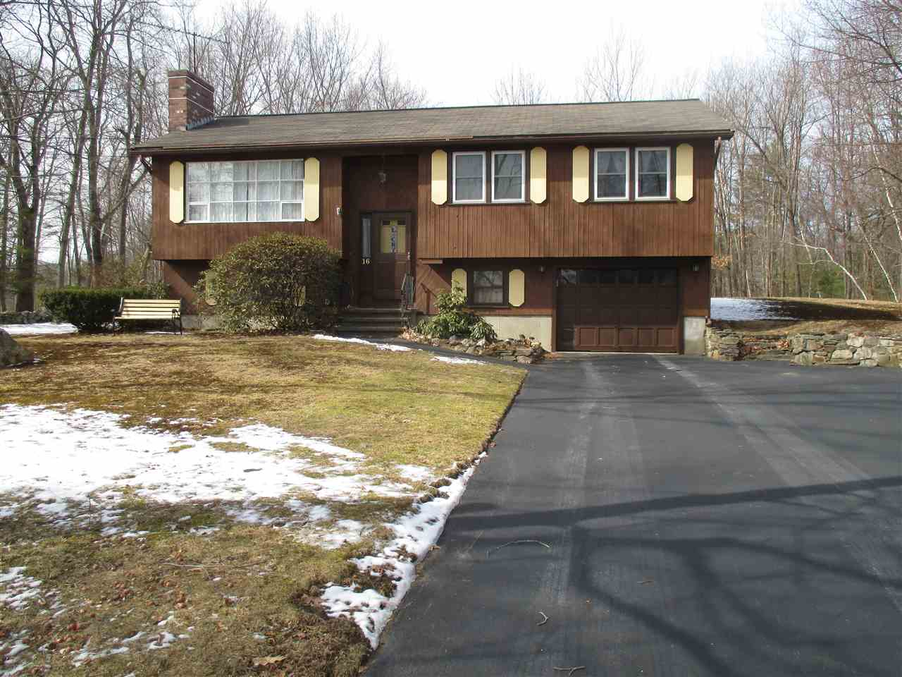ATKINSON NHHome for sale $$285,000   $268 per sq.ft.