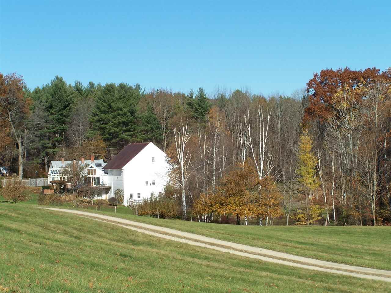 DEERFIELD NH Home for sale $$1,200,000 | $492 per sq.ft.