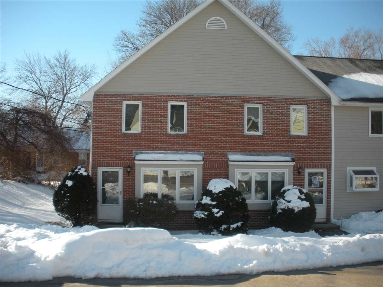 Hudson NHCondo for sale $List Price is $179,900