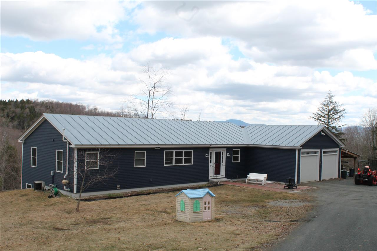 THETFORD VT Home for sale $$319,000 | $255 per sq.ft.