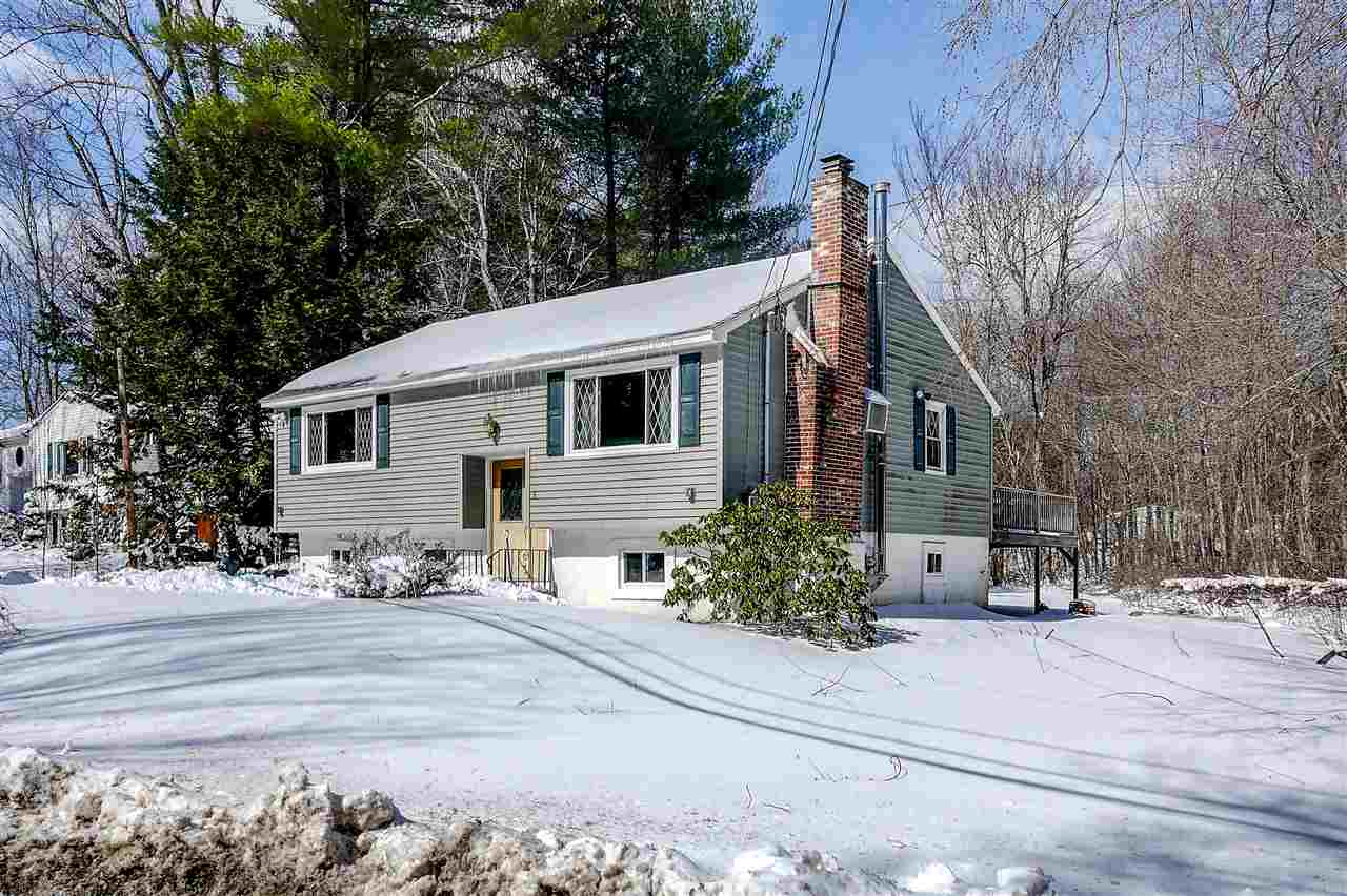 Sandown NH Home for sale $List Price is $239,900