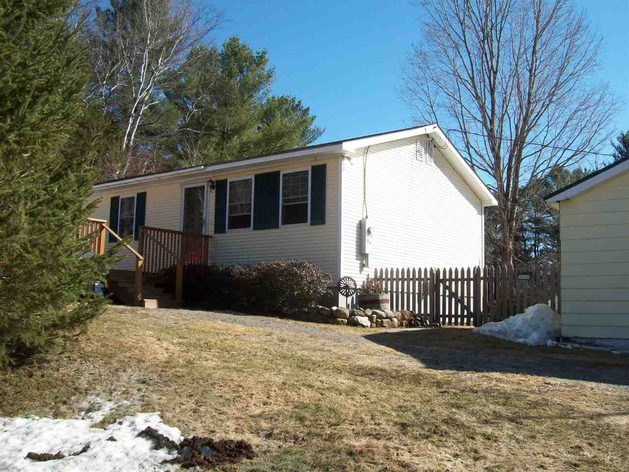 TOPSHAM VT Home for sale $$169,900 | $177 per sq.ft.