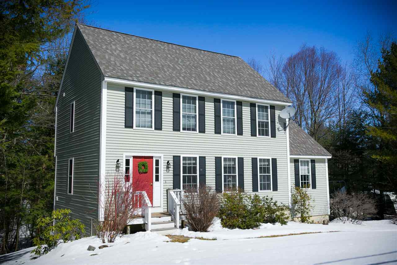Newmarket NH Home