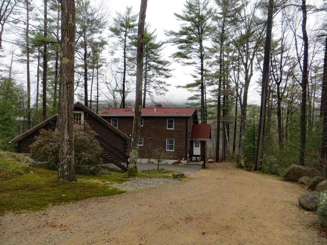MOULTONBOROUGH NH Home for sale $749,000