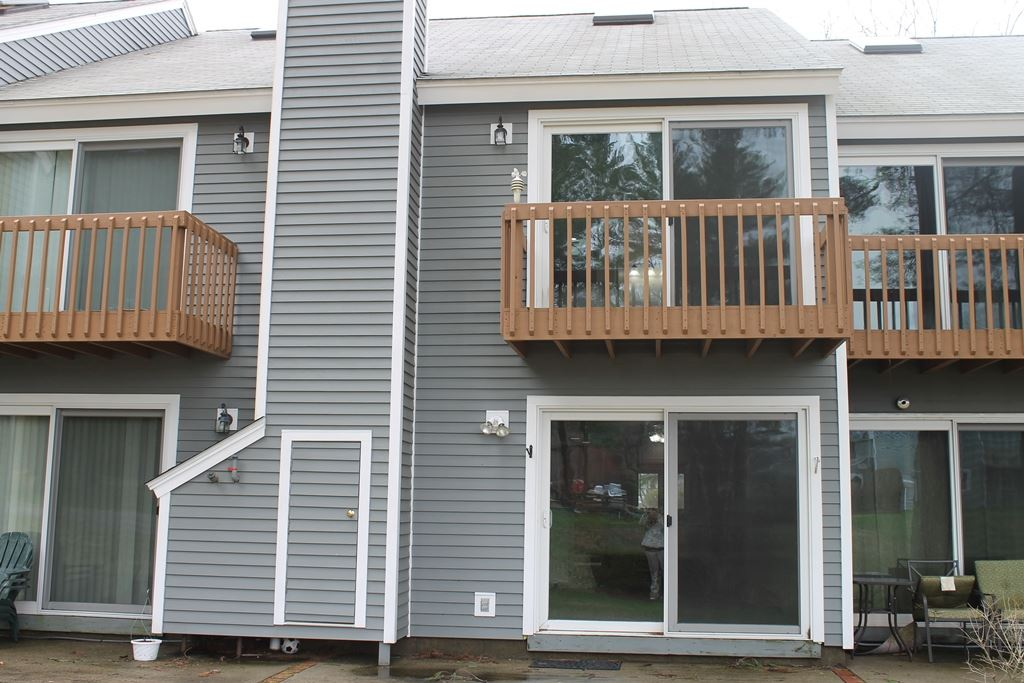 Ashland NHCondo for sale $List Price is $129,900