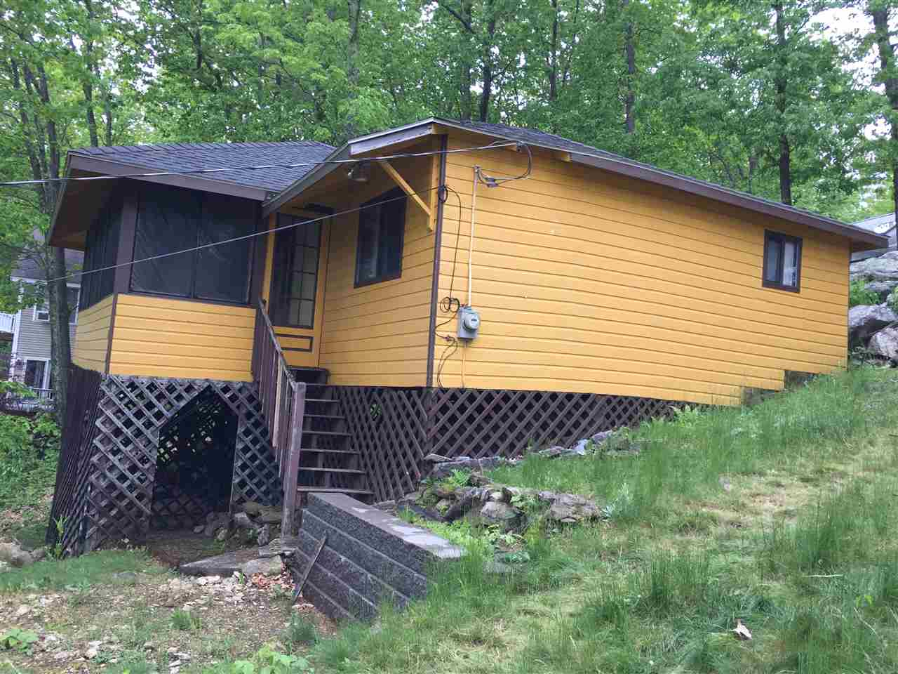 Windham NH Home for sale $List Price is $139,900
