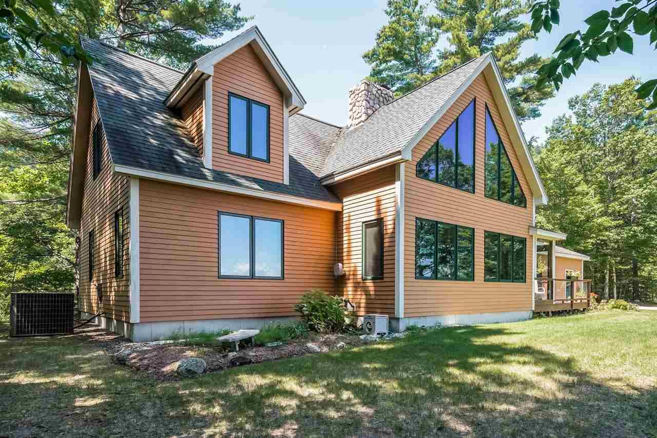 NEW HAMPTON NH Home for sale $469,000