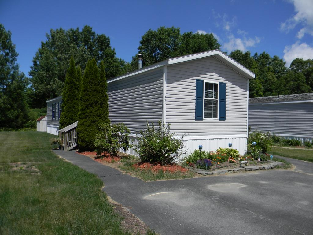 CHARLESTOWN NH Mobile-Manufacured Home for sale $$27,500 | $30 per sq.ft.