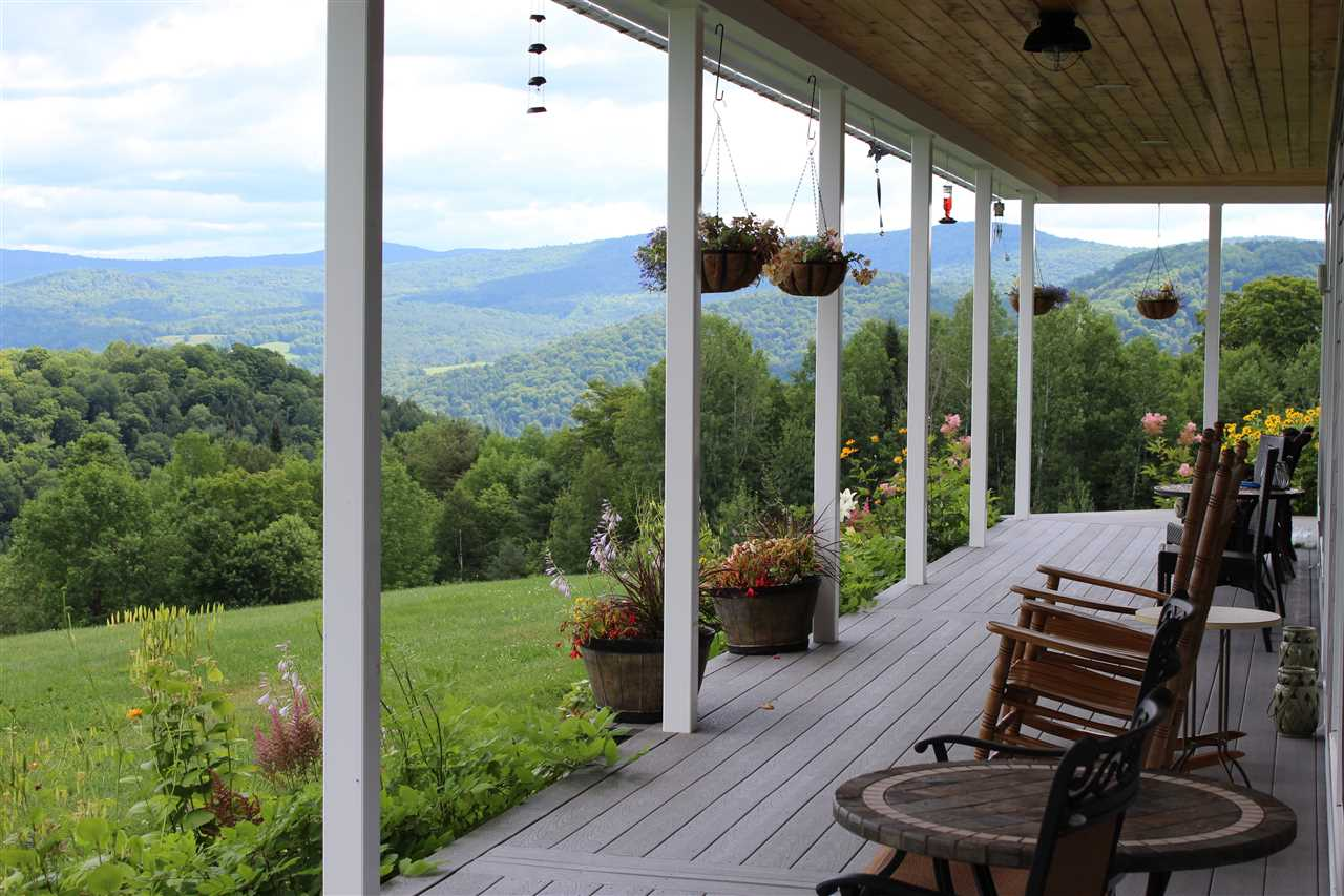TUNBRIDGE VT Home for sale $$598,000 | $182 per sq.ft.