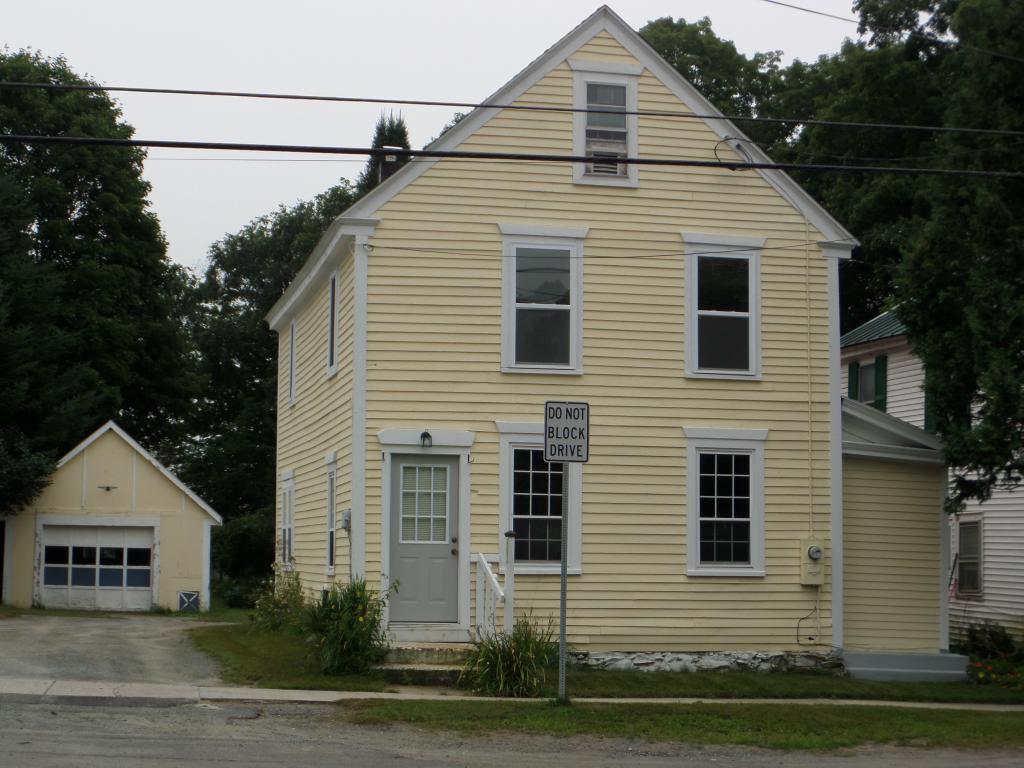 NEWBURY VTHome for sale $$139,900 | $73 per sq.ft.