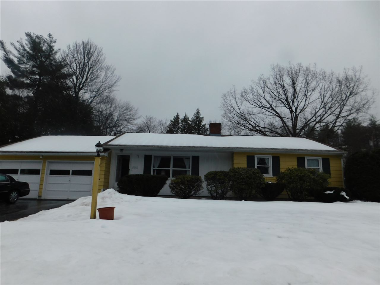 Milford NHHome for sale $List Price is $225,000