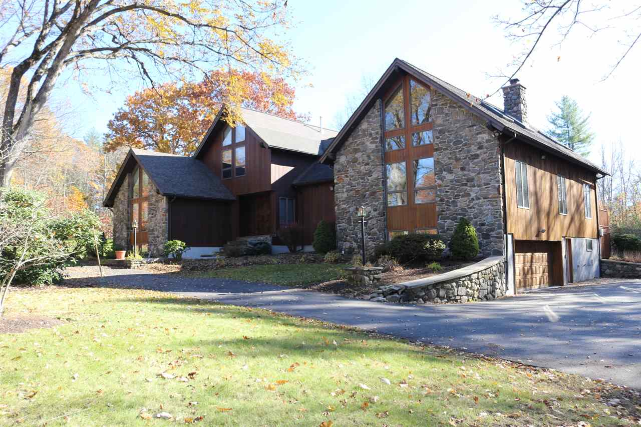 ATKINSON NH Home for sale $$845,000 | $194 per sq.ft.