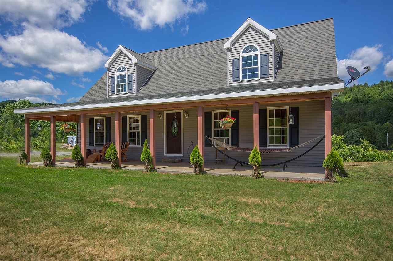BRADFORD VTLake House for sale $$249,900 | $121 per sq.ft.