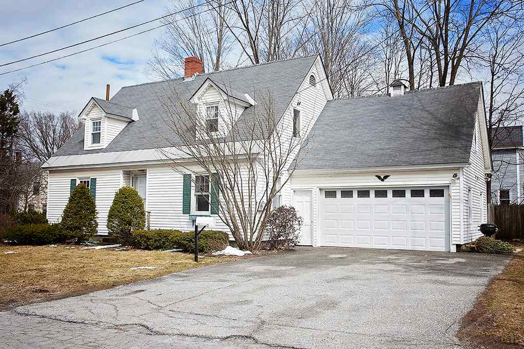 Claremont NH 03743Home for sale $List Price is $124,500