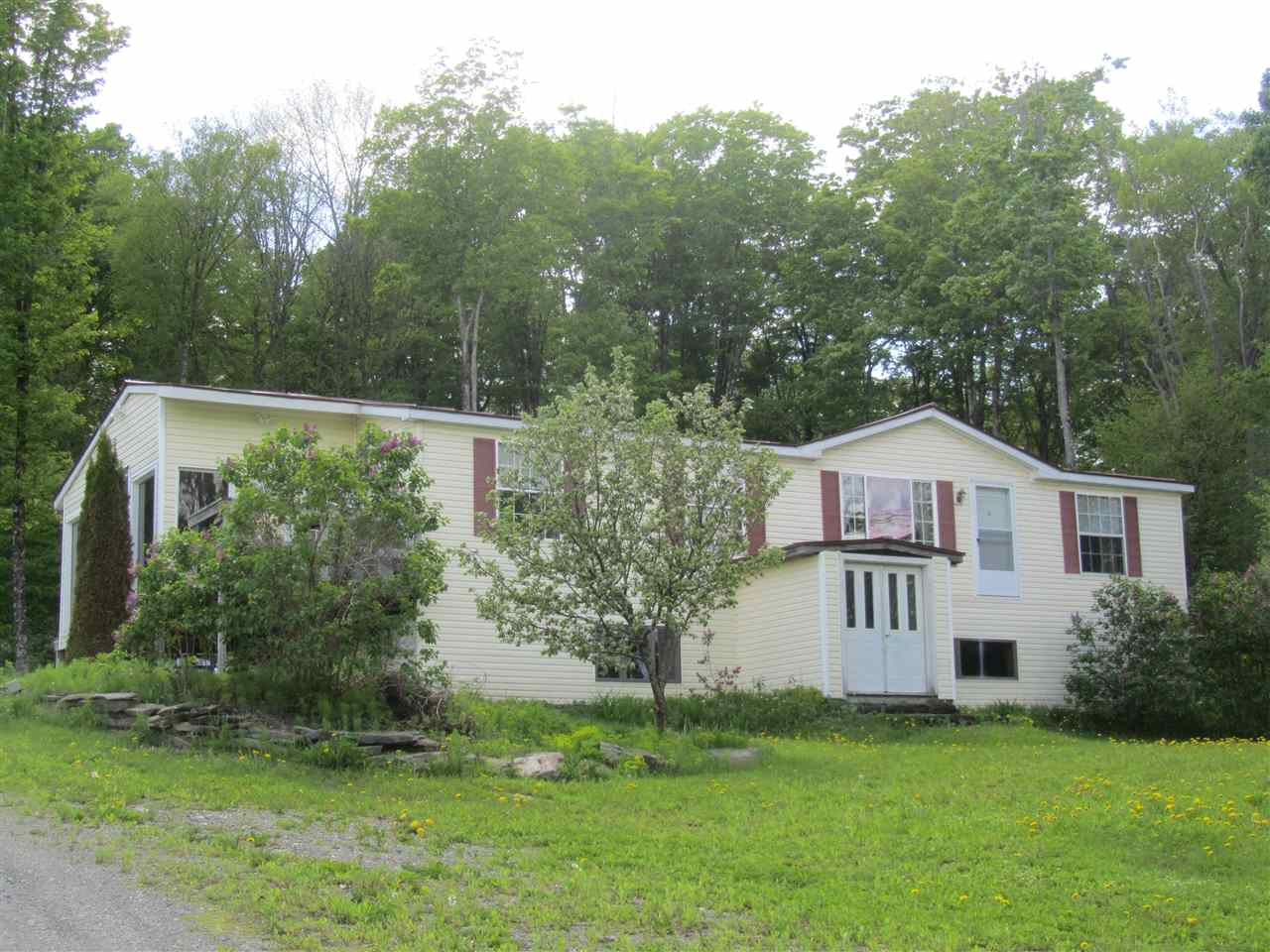 ROYALTON VT Home for sale $$175,000 | $125 per sq.ft.