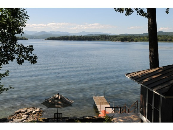 FERRISBURGH VT Lake House for sale $$949,000 | $481 per sq.ft.