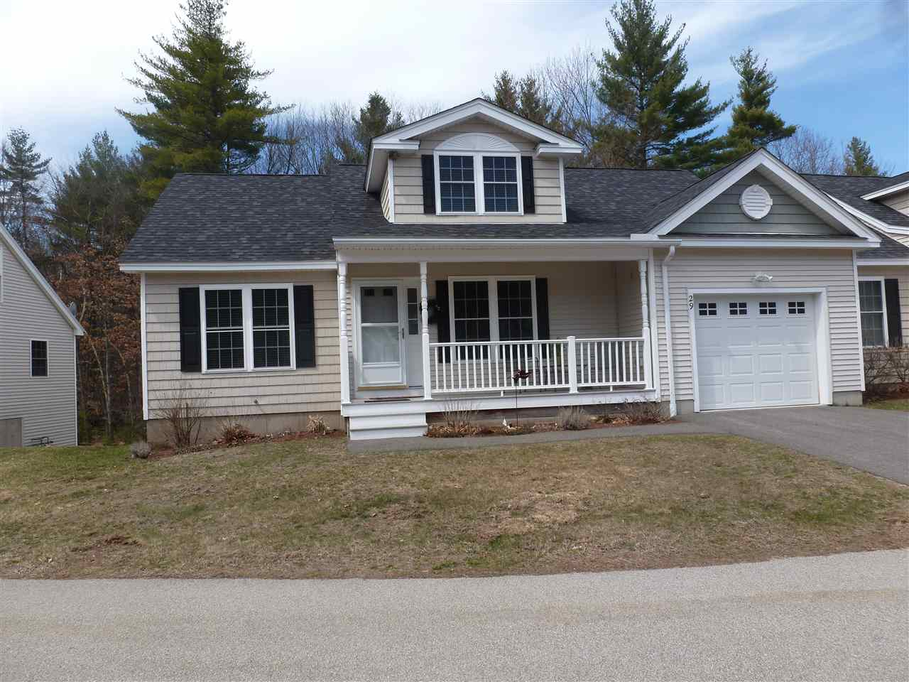 Litchfield NHCondo for sale $List Price is $289,900