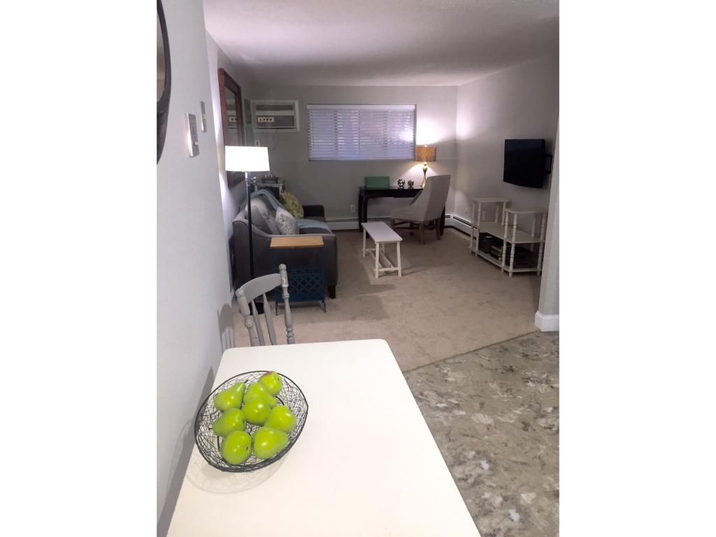 Salem NHMulti Family For Rent $Condo For Rent: $1,650