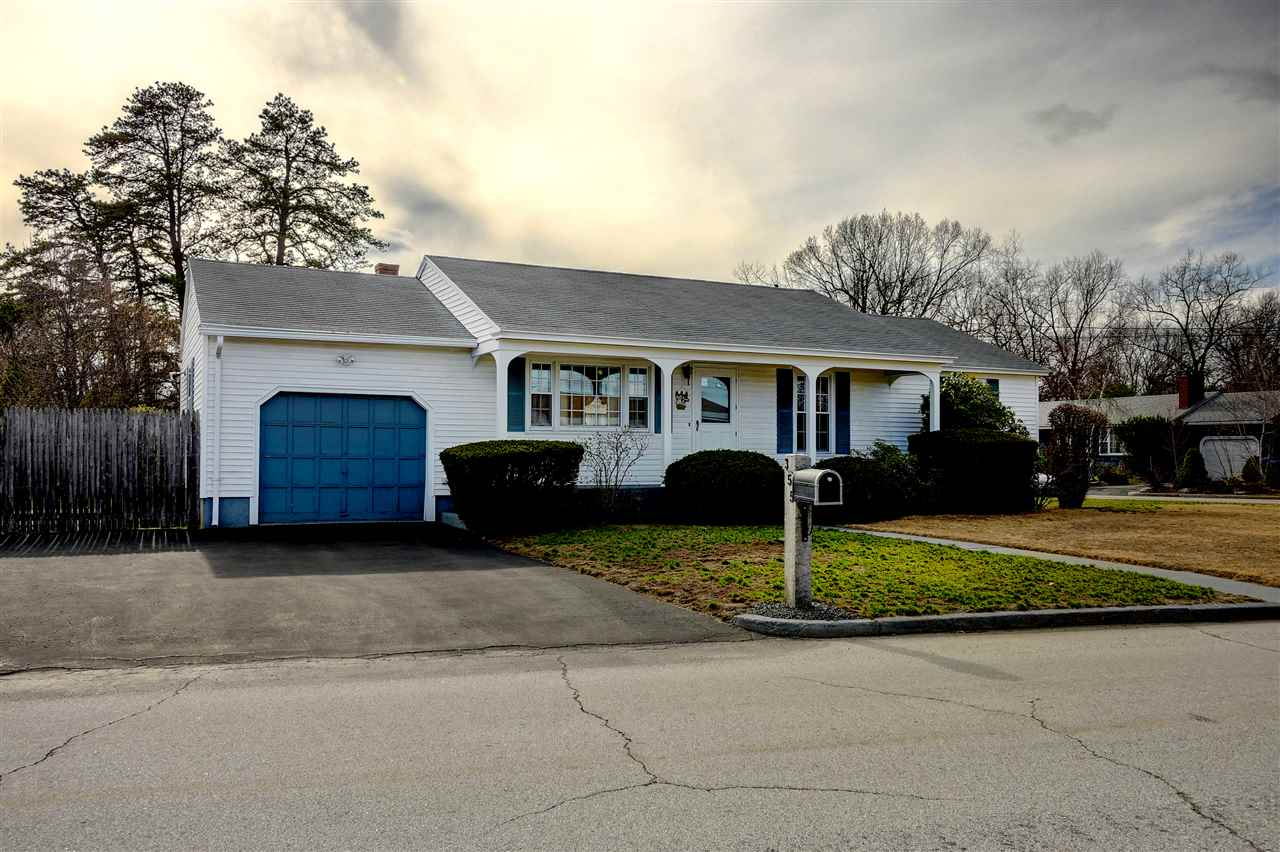 355 Westwood Drive Manchester NH 03103 in county MLS ...