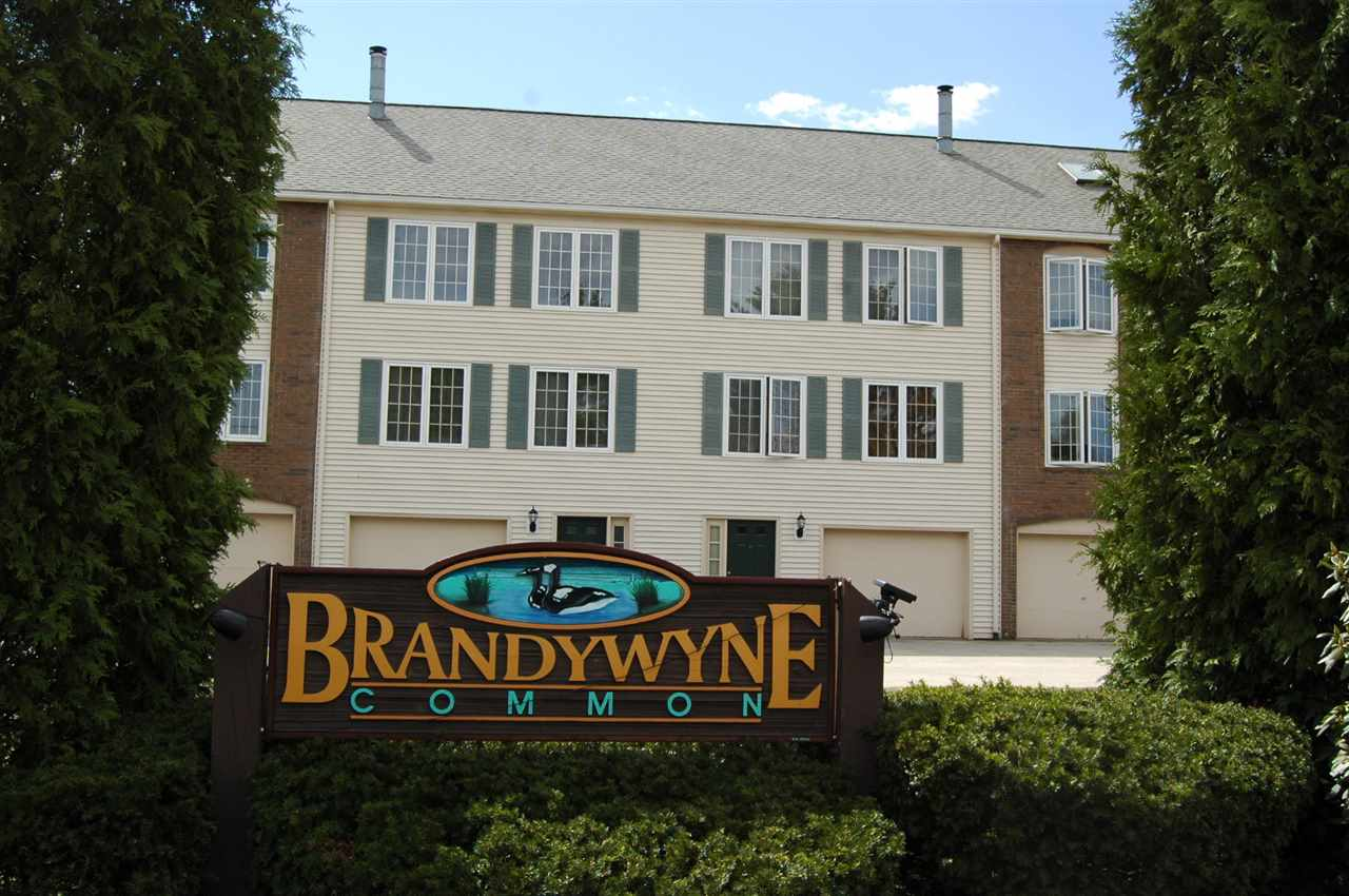 image of Derry NH Condo | sq.ft. 2440