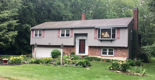 ATKINSON NH Home for sale $$325,000 | $262 per sq.ft.