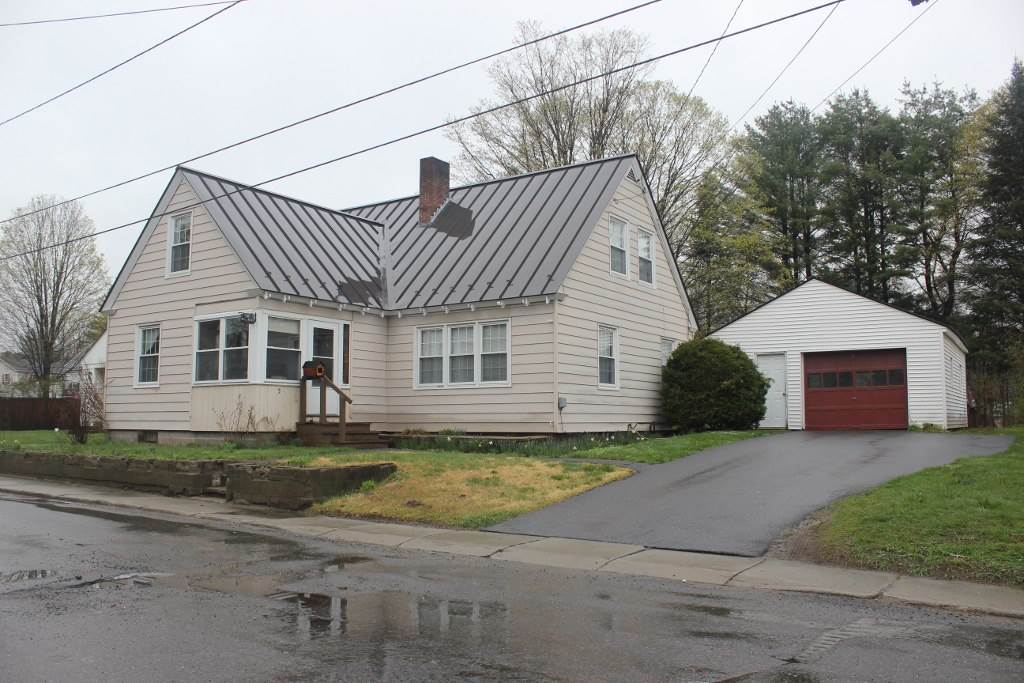 5 Central Street, Springfield, VT 05156