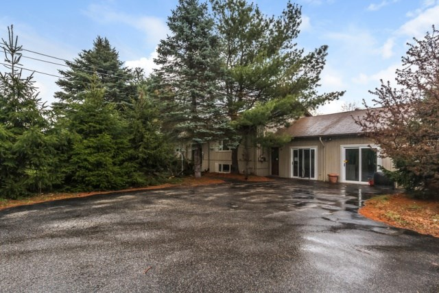Pelham NH Home for sale $List Price is $282,000