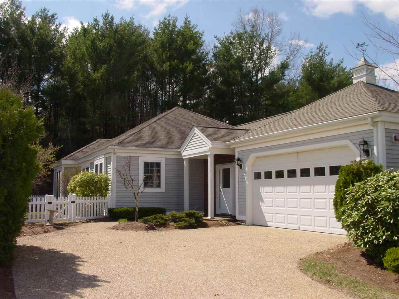 image of Bedford NH Condo | sq.ft. 4992