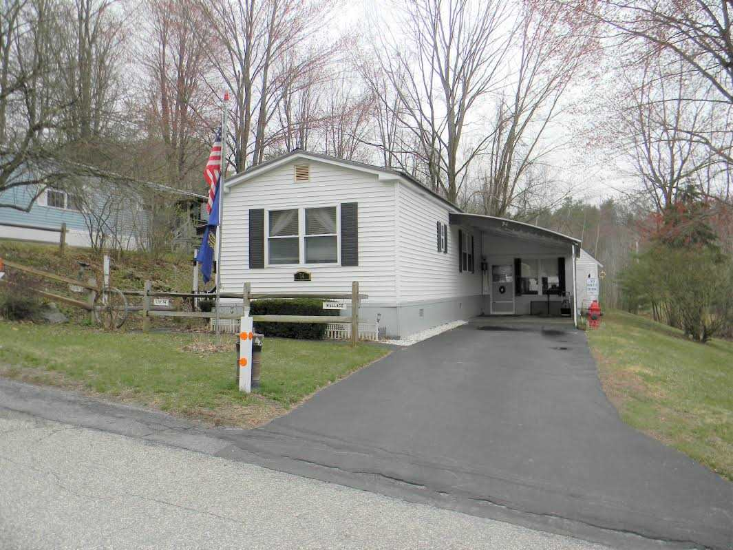 CHARLESTOWN NH Mobile-Manufacured Home for sale $$29,900 | $30 per sq.ft.