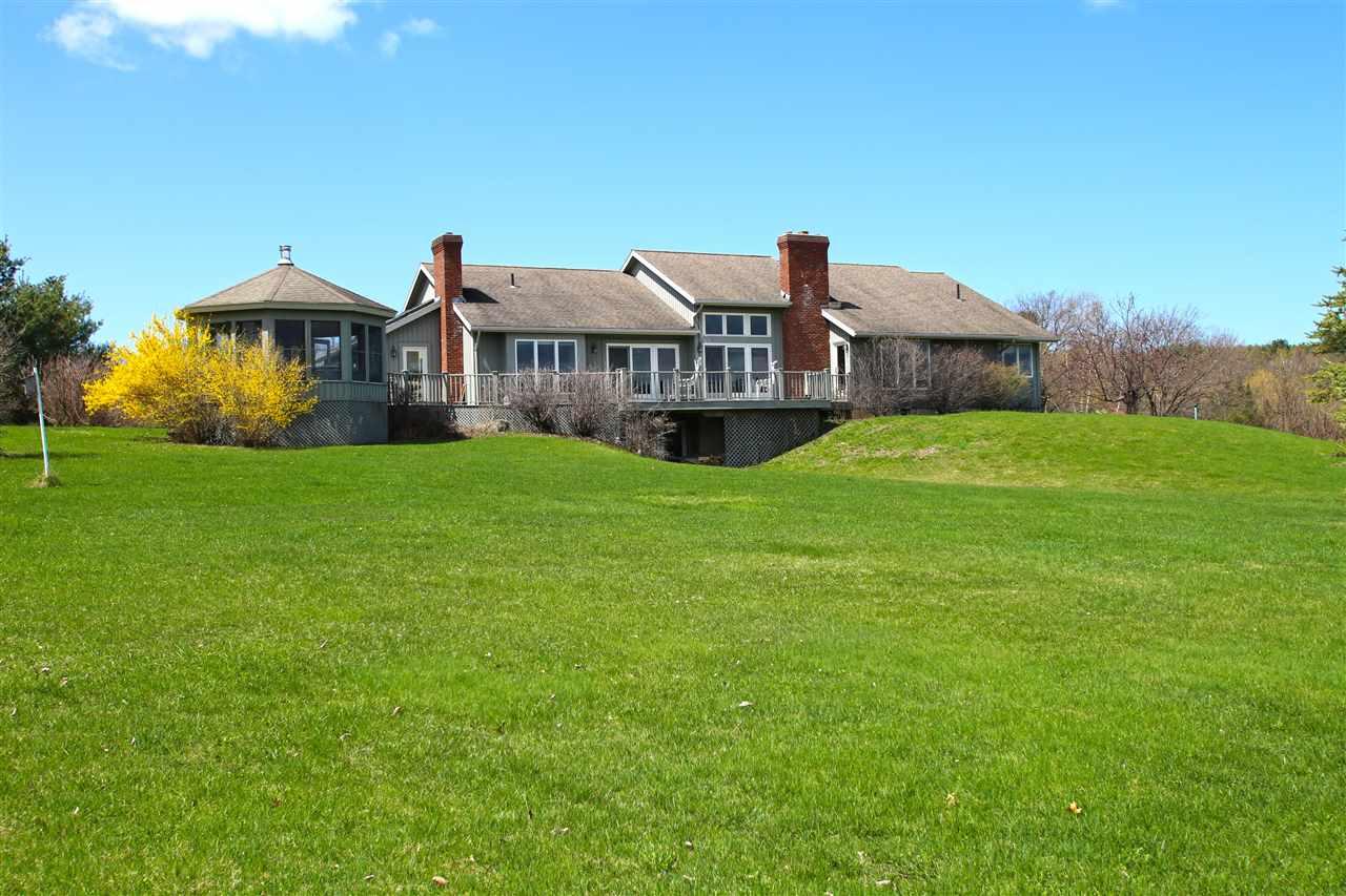 MONKTON VTLake House for sale $$599,000   $208 per sq.ft.