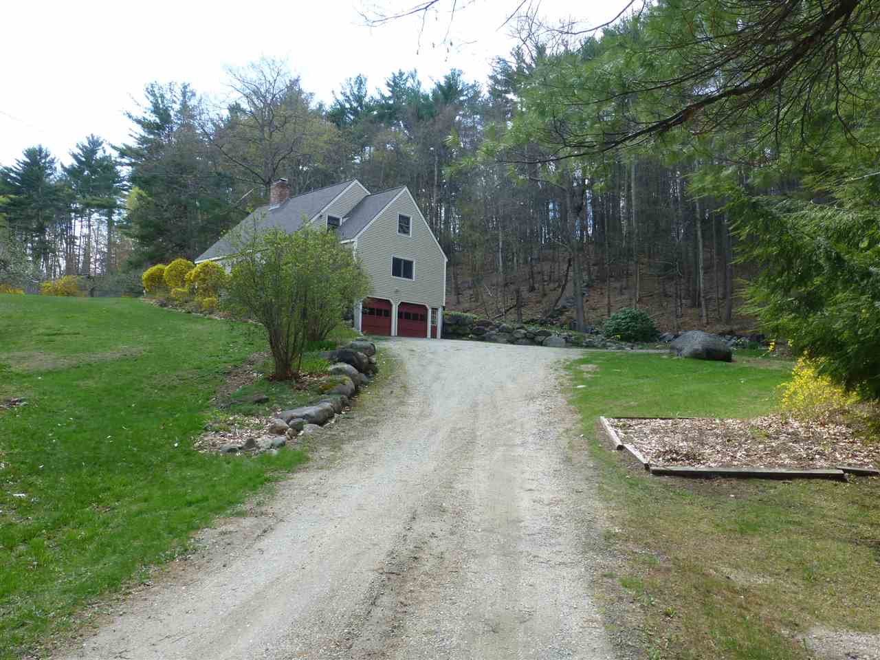 Lyndeborough NH Home for sale $List Price is $289,000