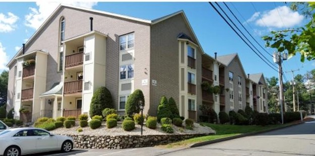 Nashua NH Condo for sale $List Price is $158,900