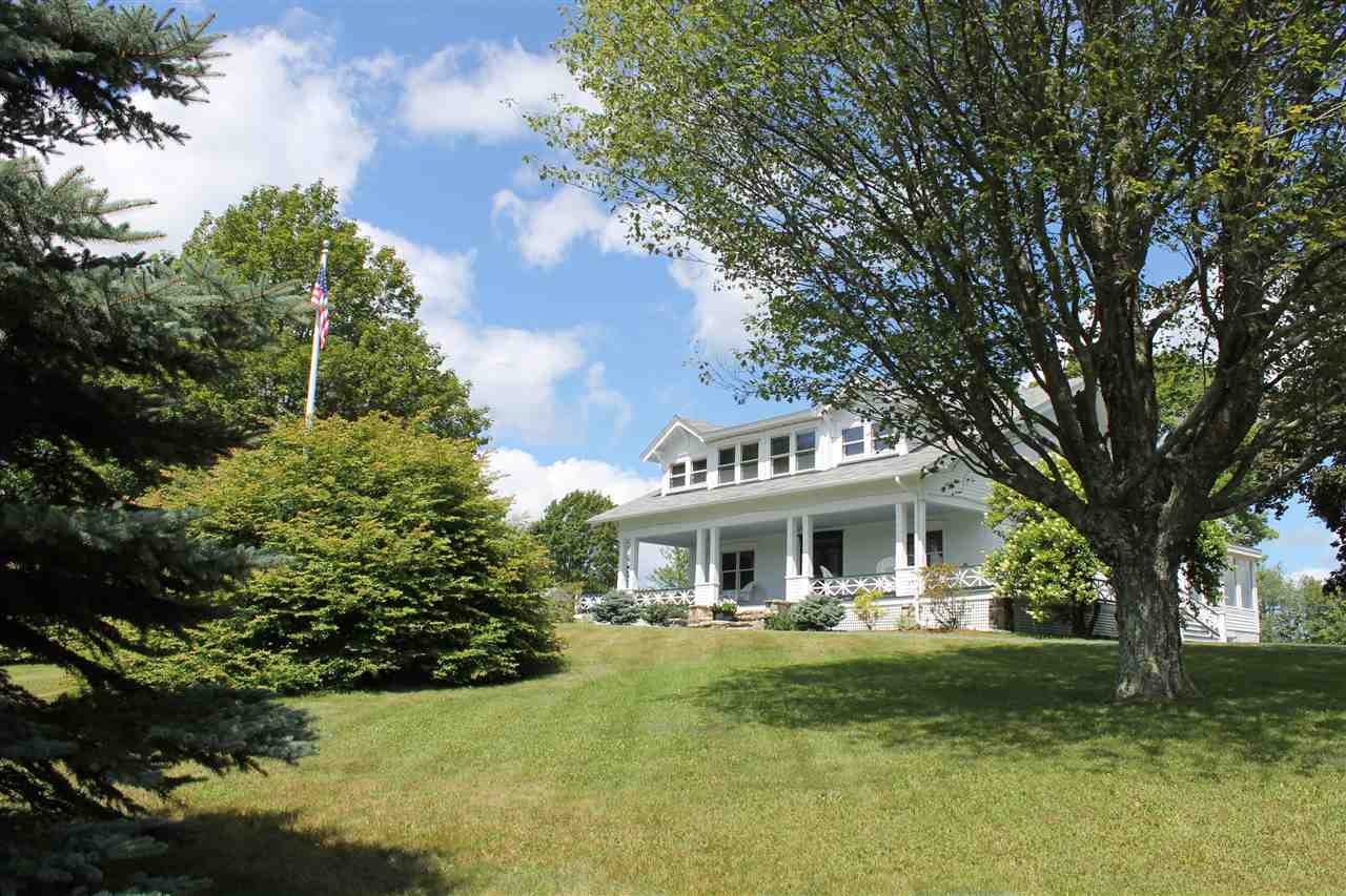 NEW LONDON NH Home for sale $$849,000 | $303 per sq.ft.