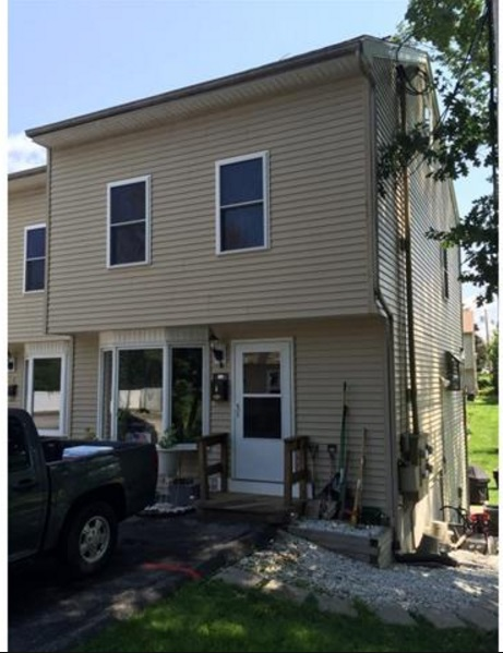 Nashua NH Condo for sale $List Price is $199,000