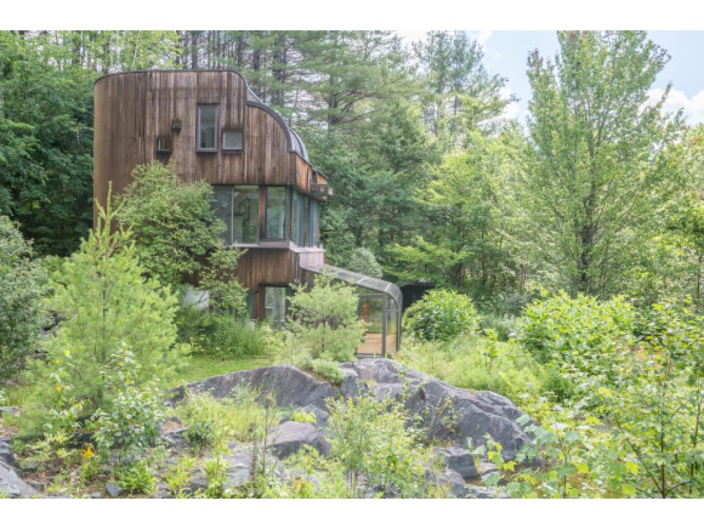 Sharon VT Home for sale $$495,000 $264 per sq.ft.