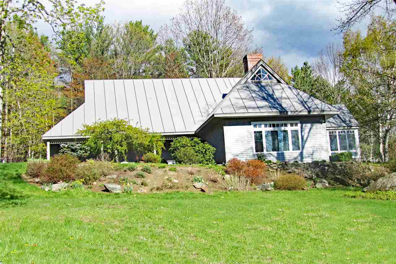 LYME NH Home for sale $$899,000 | $264 per sq.ft.