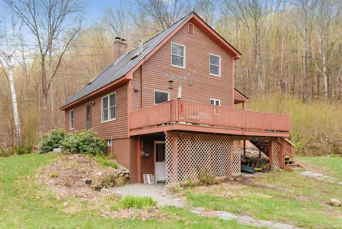 ENFIELD NH Home for sale $$269,000 | $173 per sq.ft.