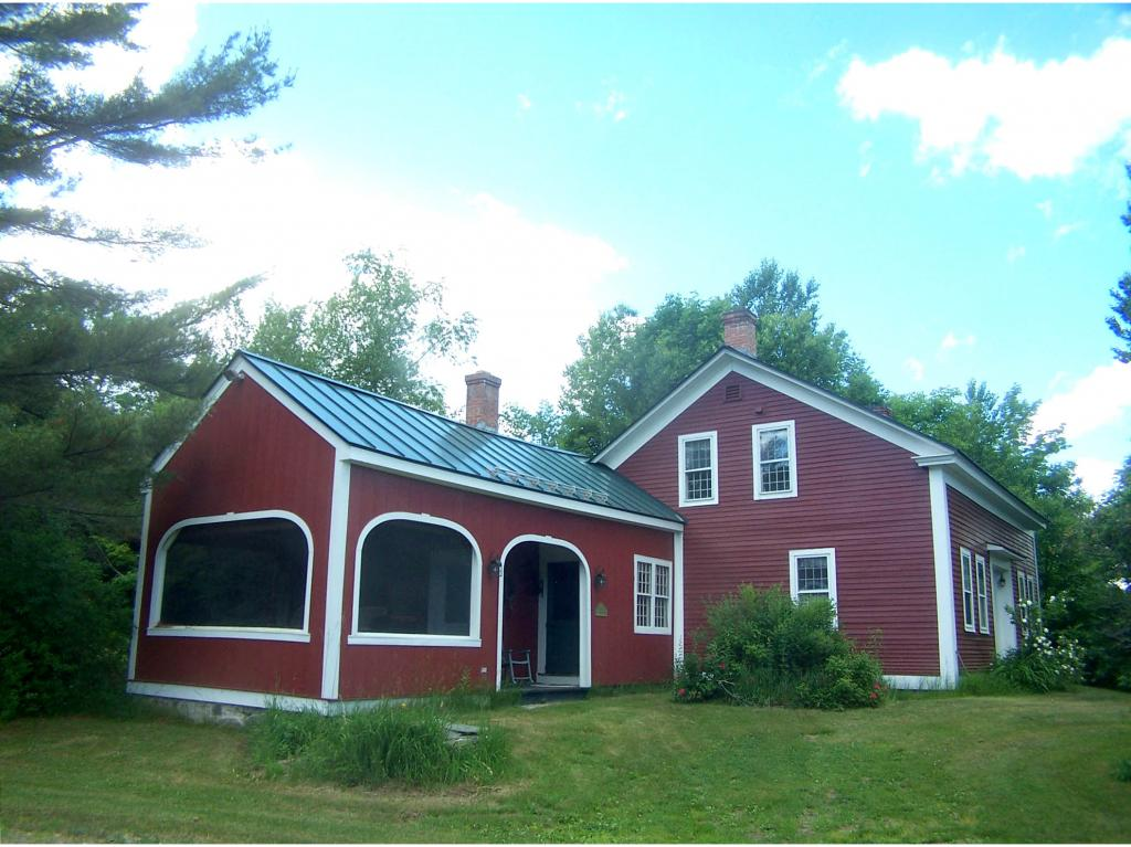 5051 Old County Road, Halifax, VT 05358