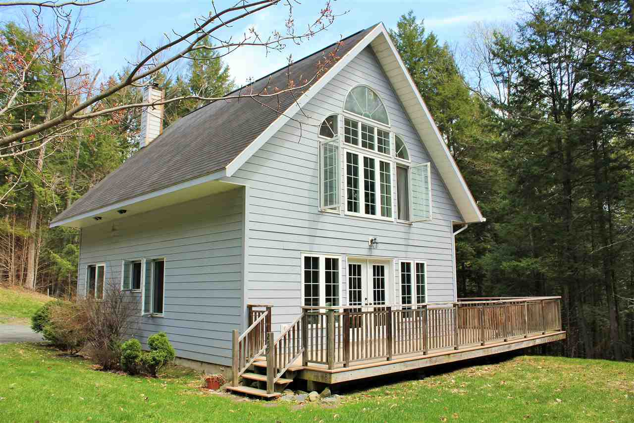 VILLAGE OF QUECHEE IN TOWN OF HARTFORD VT Home for sale $$189,000 | $125 per sq.ft.