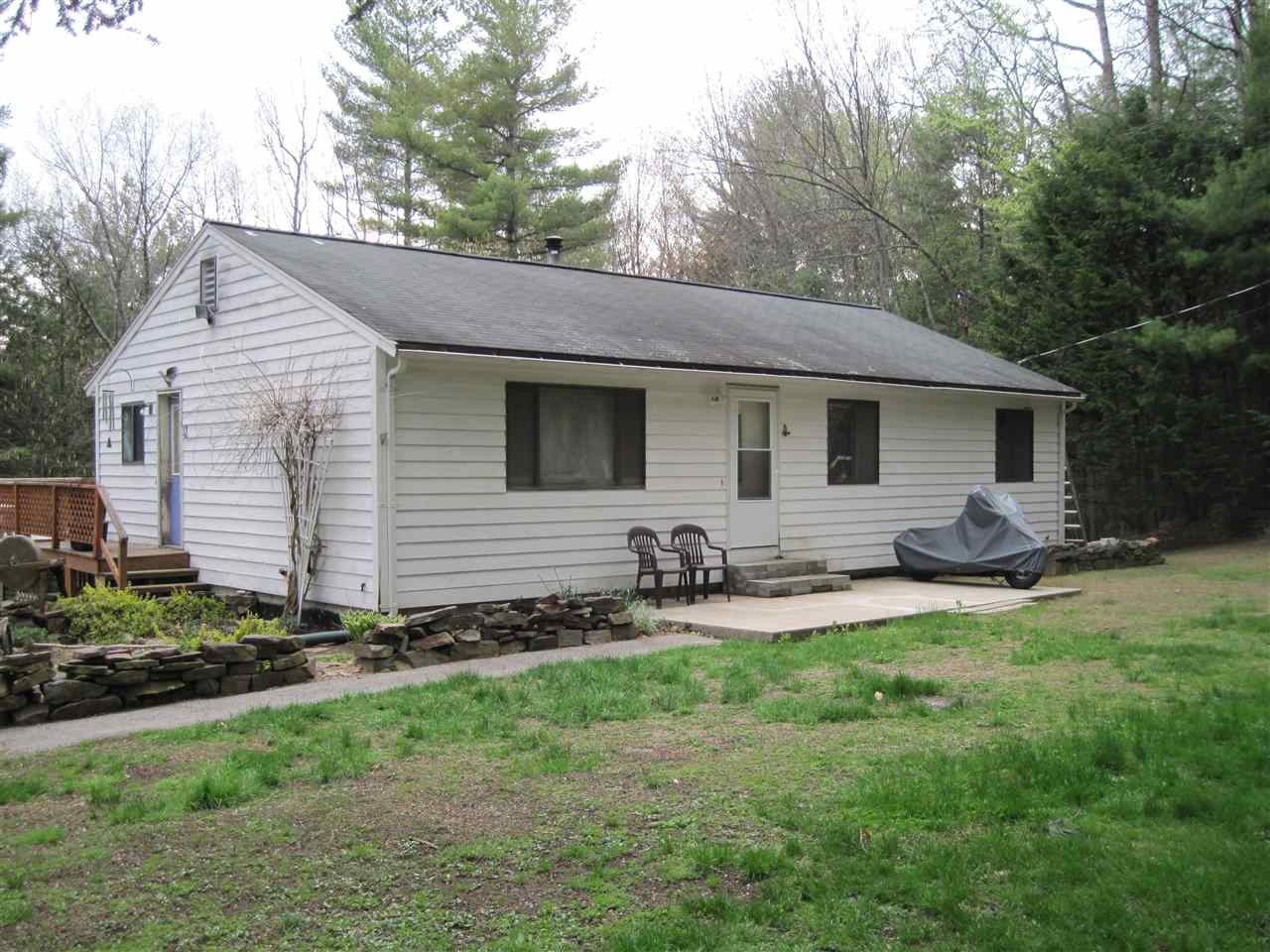 Chester NH Home for sale $List Price is $219,900