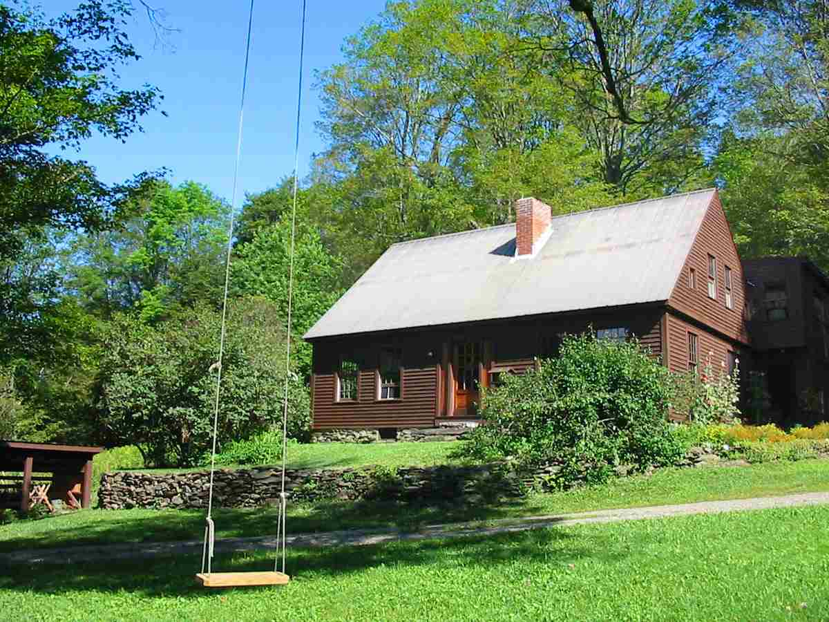 4271 Sweet Pond Road, Guilford, VT 05301
